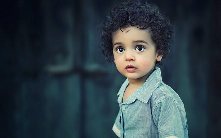 """Según los psicólogos de Harvard, los padres que crían niños """"buenos"""" hacen estas 5 cosas"""