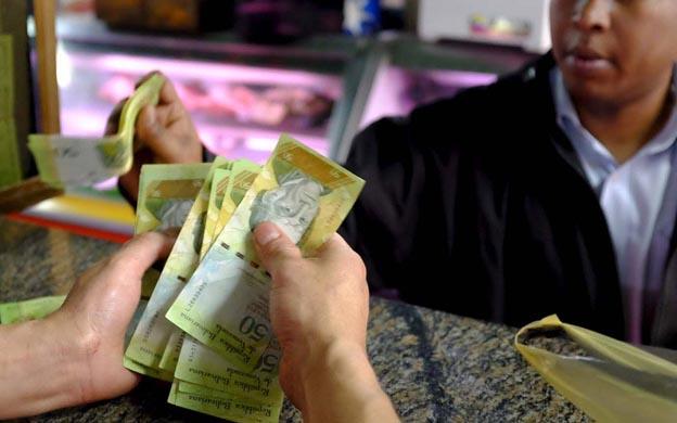 """""""Venezuela avanza hacia la hiperinflación"""""""