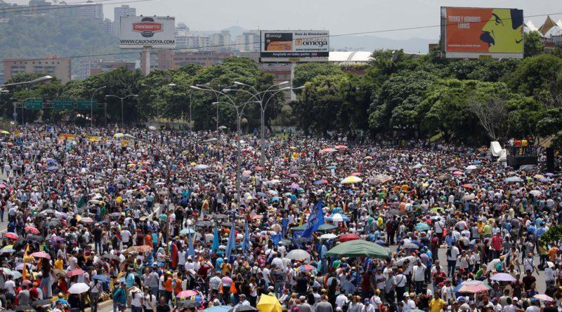 Unidad marchará simultáneamente este #1May hacia las sedes del TSJ y del CNE