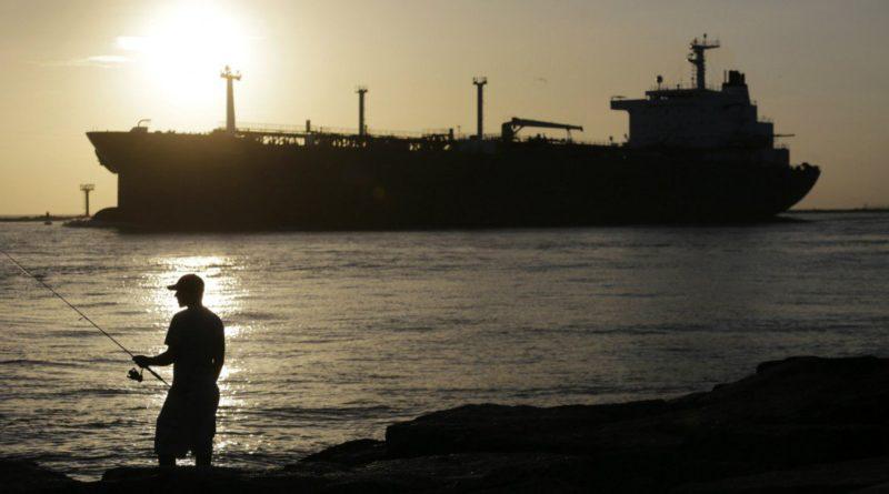 Embarque de crudo queda varado en EEUU por nerviosismo bancario sobre Venezuela