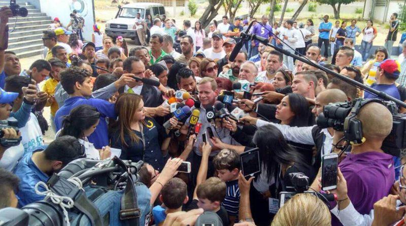 Guanipa anuncia consulta popular para determinar si deben ir a la ANC