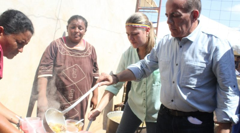"""Manuel Rosales: """"Iniciamos el plan Olla Solidaria para aliviar el hambre que azota a los zulianos"""""""