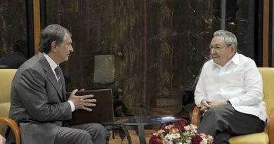 Raúl Castro recibió al presidente de la estatal petrolera rusa Rosneft