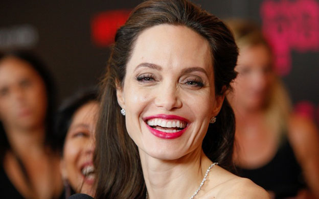 Angelina Jolie será premiada por su contribución al cine