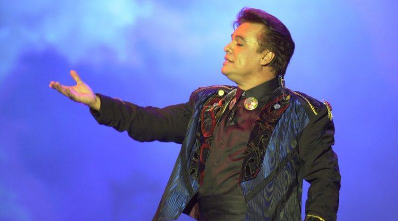 Cuatro mujeres en cuatro canciones que marcaron la vida de Juan Gabriel a 68 años de su nacimiento