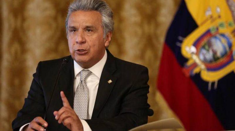 Lenín Moreno reemplaza a secretario de Comunicación