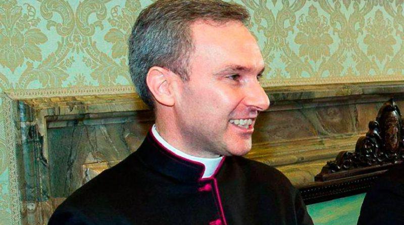 Vaticano condenó a sacerdote a cinco años por pedofilia