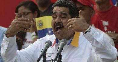 Maduro anuncia demanda contra EEUU por sanción a aerolínea estatal