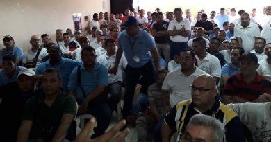 Trabajadores de Pepsi Cola Maracaibo aún están sin laborar