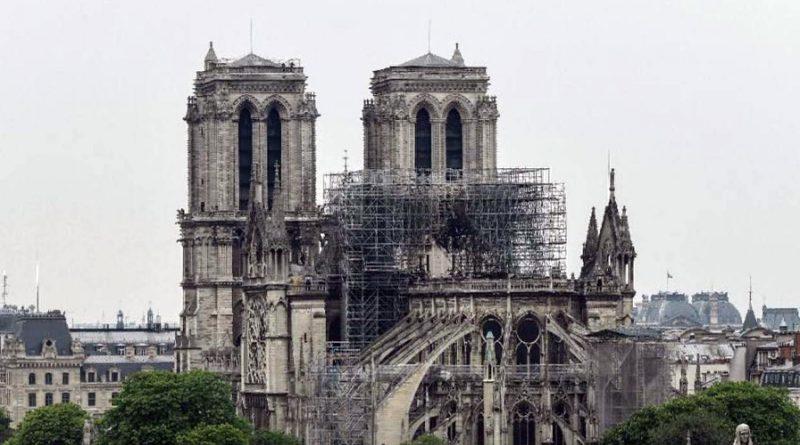 Parlamento francés aprueba ley para restaurar Notre Dame