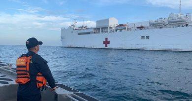 Buque USNS Comfort llegó a Santa Marta para atender a venezolanos y colombianos