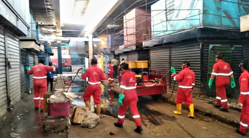 *Gobierno del Zulia ejecutó desinfección profunda en el mercado «Las Pulgas» y sus adyacencias*