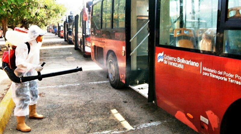 *Gobernación del Zulia realizó jornada de desinfecta a unidades de transporte público como medida de contención del CONVID-19 en la entidad*