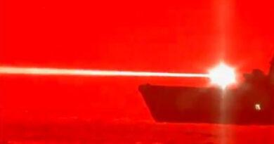 EEUU prueba arma láser que destruye un dron en pleno vuelo
