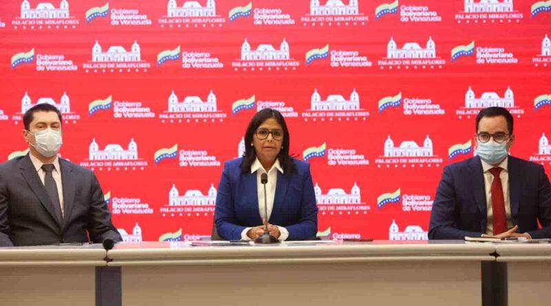 Delcy Rodríguez califica de absurda autorización a Guaidó sobre el oro